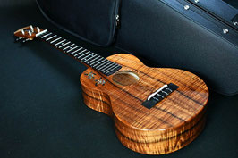 ★SOLD★NEW/honua ukulele HT-01C ShopCustom Tenor Honu