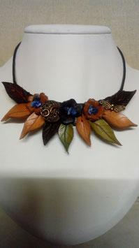 Collier style elfique en cuir et Sodalites