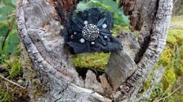 Bracelet en cuir et dentelle