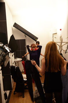 Fitting vor dem Fashion Clip beim Modelabel kaseee in Apolda