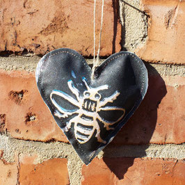 Manchester Bollard Bee Hanging Heart Decoration