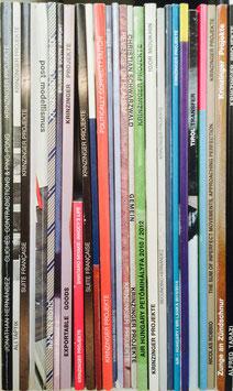 SET: Krinzinger Projekte (groß: Diverse Ausstellungs-Kataloge der Krinzinger Projekte).