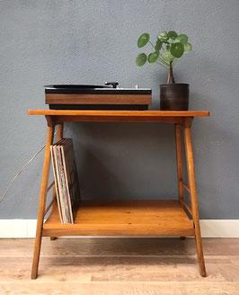 Houten bijzettafel / audiotafel