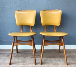 Set gele stoelen