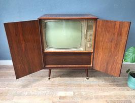 Kast met Philips televisie