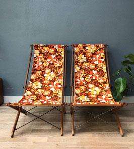 Twee vintage strandstoelen