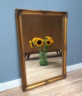 Grote goudkleurige spiegel