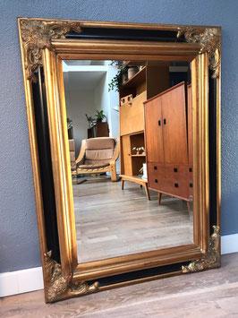 Grote spiegel met geslepen glas