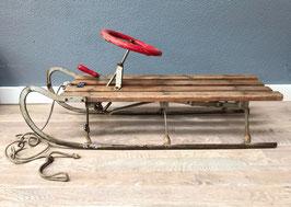 Oude houten slee