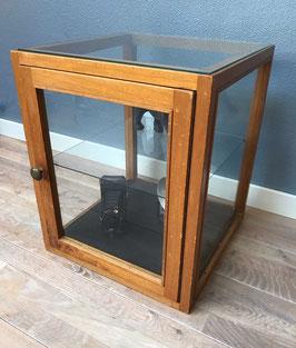 Houten vitrinekast / display