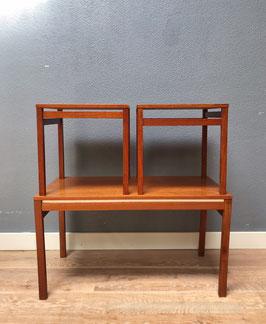 Mimiset van houten tafeltjes