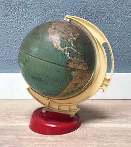 Metalen wereldbol