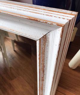 Grote witte spiegel
