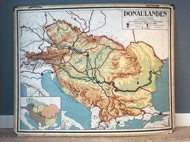 Schoolplaat Donau-landen groot
