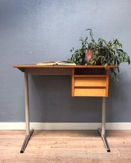 Hoog vintage bureau