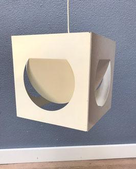 Wit metalen hanglamp