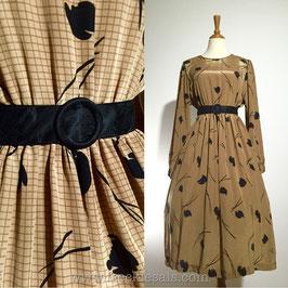 Dea Gyeong 70s dress, Korea | L