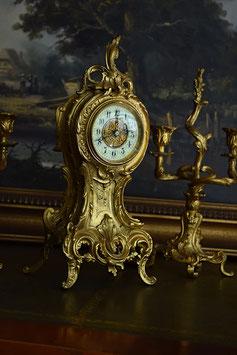 Francúzske starožitné hodiny so svietnikmi