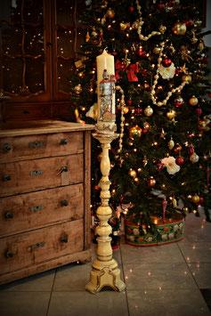 Starožitný drevený stojan na sviečku