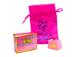 Juicy Couture - Peace Love & Juicy Couture