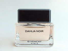 Givenchy - Dahlia Noir D