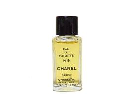 Chanel - N° 19  (U.S.)