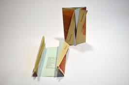 """Heft aus handgeschöpftem Papier mit dem Gedicht """"Umarmung"""" von Marita Hansdorfer"""