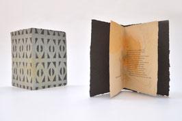 Heft aus handgeschöpftem Papier mit dem Sonett XVI von William Shakespeare