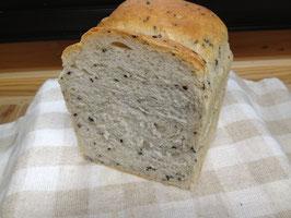 B 山型ごま食パン