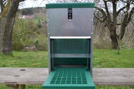 Feedomatic Futterautomat mit Trittklappe für 8 kg Futter