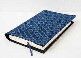 Buchhülle TOSHO Seigaiha blau
