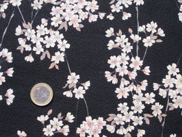 STOFF Kirschblütenzweige auf schwarzem strukturiertem Stoff