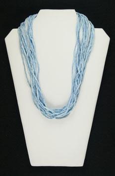 Hellblaue Seidenkette, 57 cm lang