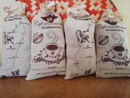 4 Sachets de café en grains de Madagascar (4x250g) 100% arabica