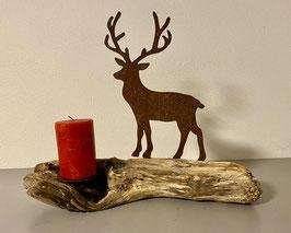 Hirsch auf Schwemmholz mit Kerze 9