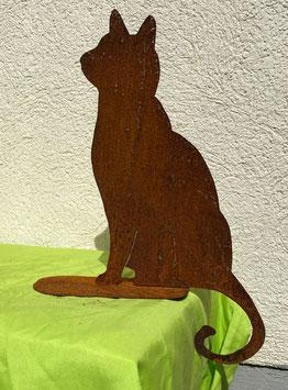Katze auf Blech 8, sitzend (rostig)