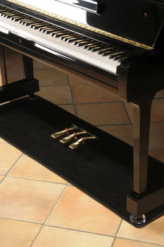 Pianocarpet, breit standart