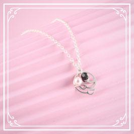 925er Silberkette mit Blatt-Perlen-Anhänger