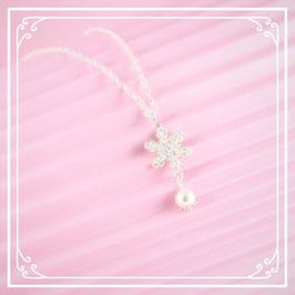 925er Silberkette mit Schneeflocke-Perlen-Anhänger