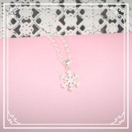 925er Silberkette mit Schneeflockenanhänger