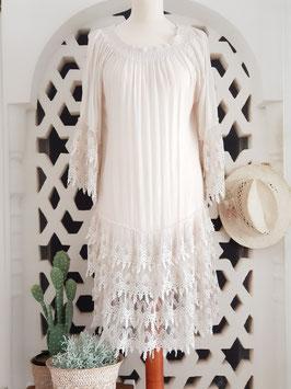 Kleid mit Spitzen Rüschen