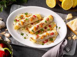 Cannelloni Ripieni mit Steinpilzen, Champignons und hausgemachter Bechamelsauce
