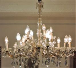 Lampadario in cristallo a 24 luci