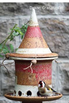 Kleines Vogelfutterhaus zum Stecken