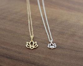 Halskette mit Lotus Anhänger