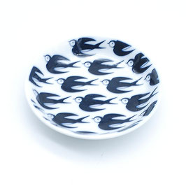 *KIDS SMALL ROUND PLATE: BLACK SWALLOW