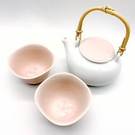 *TEAWARE: SAKURA TEA SET