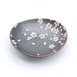 *SMALL OVAL PLATE: BLACK w SAKURA