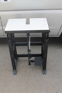 ■ガチャンコ用■足踏み式テーブル■各サイズ兼用・・・簡単組立て
