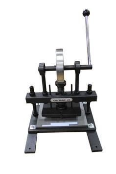 CUTMAN新・25■ロータリー式ハンドクリッカー■手動式革裁断機■スライドテーブル付き
